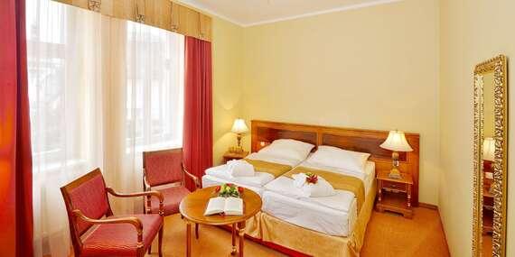 Jaro až zima v Hotelu Continental**** v Mariánských Lázních s polopenzí, wellness a množstvím procedur/Mariánské Lázně