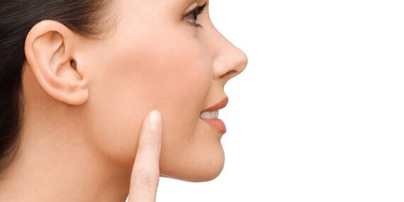 Kozmetické ošetrenia na omladenie pleti – liftingová masáž alebo ošetrenie s PHA a AHA kyselinami/Trenčín