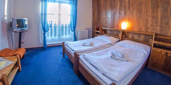 Zimní radovánky i jarní túry na Pustevnách s ubytováním v hotelu Tanečnica*** s polopenzí, bazénem a upravenými běžeckými trasami/Beskydy - Prostřední Bečva/Pustevny