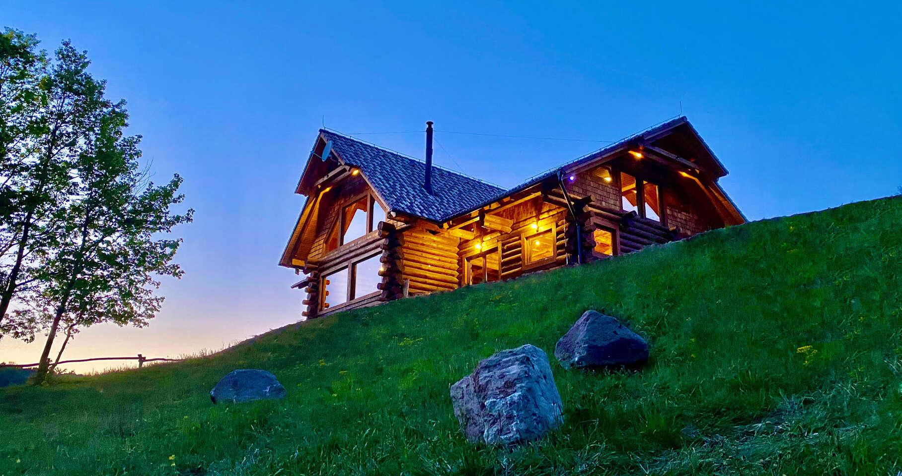 Luxusný Alaska zrub pre 12 osôb uprostred Štiavnických vrchov, do...