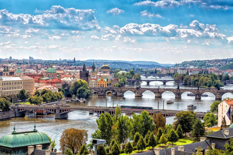 EXTRA PLATNOSŤ: Lacné ubytovanie v Prahe s ľahkým prístupom do c...