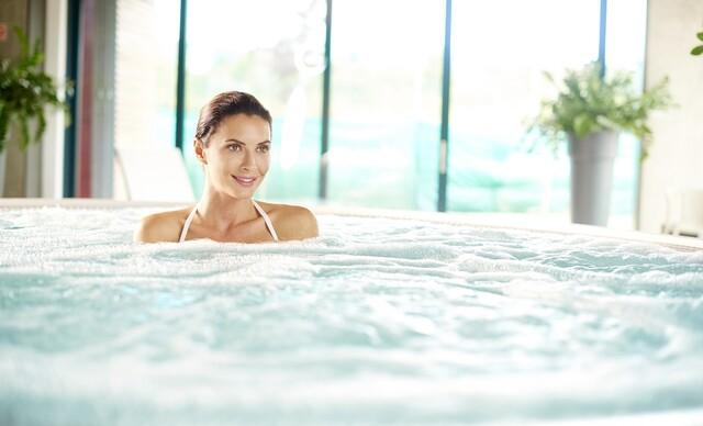 Relaxačný pobyt v kúpeľnom hoteli Máj*** v Piešťanoch s polpenziou a až 10 procedúrami