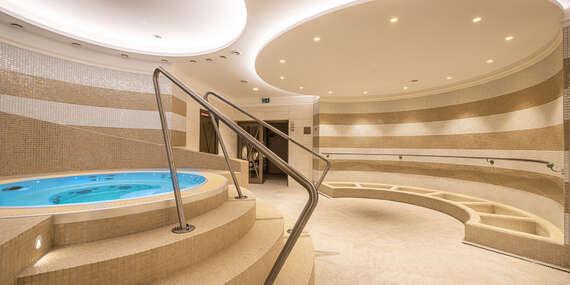 Léto s exkluzivním wellness a polopenzí v historickém hotelu KULTURA *** s výbornými možnostmi aktivit na Liptově / Ružomberok