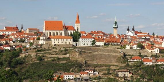 Jižní Morava s neomezenou konzumací vína v Hotelu Weiss se stravou a vstupem na rozhlednu či do pivovaru / Jižní Morava - Lechovice