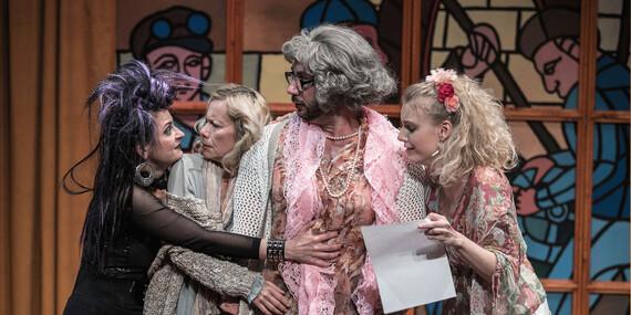 Opona hore – vstupenka na predstavenie do Divadla Aréna/Bratislava – Petržalka