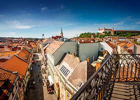 Leto sa pomaly končí. Vychutnajte si ho na týchto skvelých teraskách v Bratislave