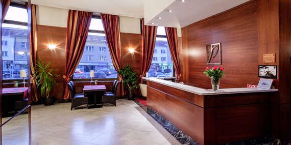 Klimatizovaný apartmán s raňajkami v hoteli Poľana*** len 100 m od Zvolenského zámku/Zvolen