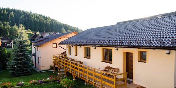 Relax v útulnej Vile Rhea pod panorámou Vysokých Tatier v tichej dedinke Važec/Važec