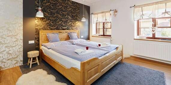 Rodinný pobyt s 2 dětmi do 10 let zdarma včetně polopenze v hotelu Vltavská pohádka přímo v Českém Krumlově s výhledem na řeku/Český Krumlov