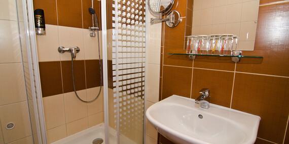 Hotel Sipox*** v Tatrách s neobmedzeným kúpaním a polpenziou - pobyty platné aj počas jarných prázdnin 2020/Vysoké Tatry - Štrba