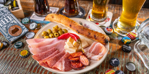 Objavte chuť remeselného piva Nobell – Craft Beer s odborným výkladom alebo si dajte svetlý ležiak spolu s pizzou/Bratislava - Petržalka