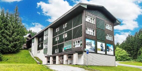 Pobyt během roku v hotelu Lenka v centru Špindlerova Mlýna přímo u lanovky Svatý Petr s polopenzí/Krkonoše - Špindlerův Mlýn