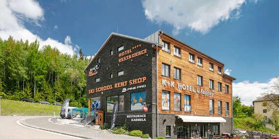 Hotel U Kabinky**** přímo u lanovky na Černou horu s polopenzí či snídaní, vstupem na Stezku korunami stromů i do aquacentra / Krkonoše - Janské Lázně