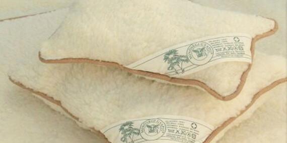 Kvalitná hrejivá prikrývka a vankúše zo 100 % ovčej vlny - zútulnia každú chatu či chalupu/Slovensko