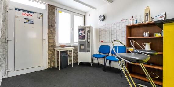 Kompletné prezutie, prehodenie kolies alebo kontrola podvozku či dezinfekcia interiéru a klimatizácie/Bratislava – Žabí Majer