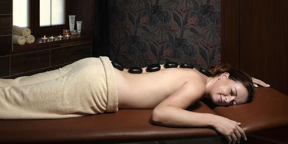 Večera s prípitkom a masážou pre 2 osoby v Masarykovom dvore / Pstruša - Vígľaš