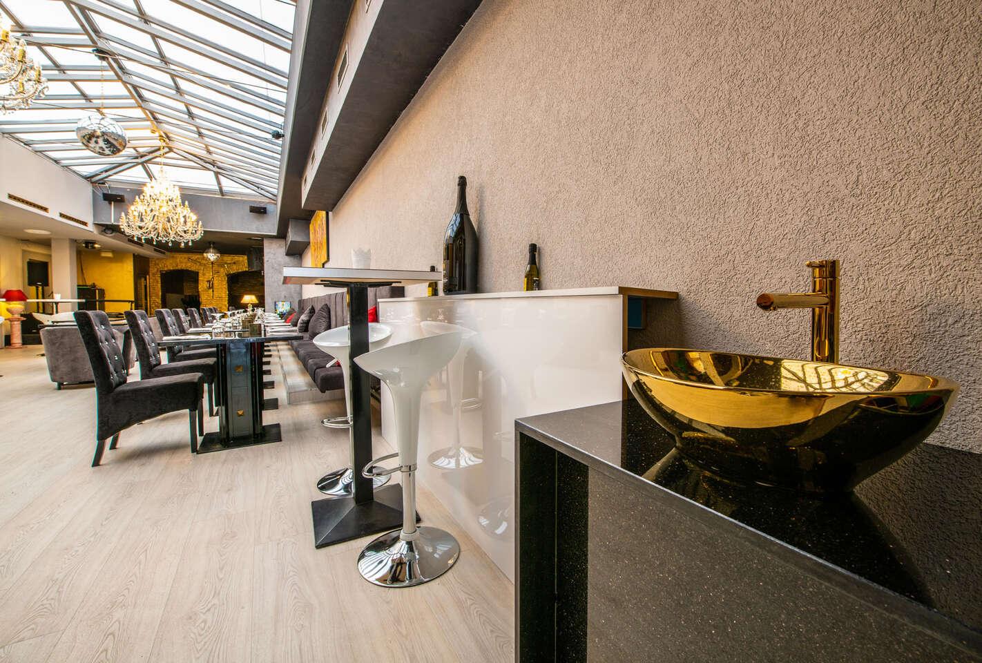 Tatarský biftek s topinkami v Pressburg Prosecco Bar & Restauran...