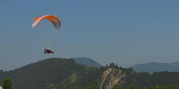 Tandemový motorový paragliding pri Bratislave s videozáznamom v cene/Slovensko - Letisko Dubová (pri Modre)