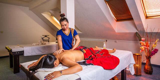Darčekové permanentky na thajskú masáž, až 5 vstupov v Changdee Massages