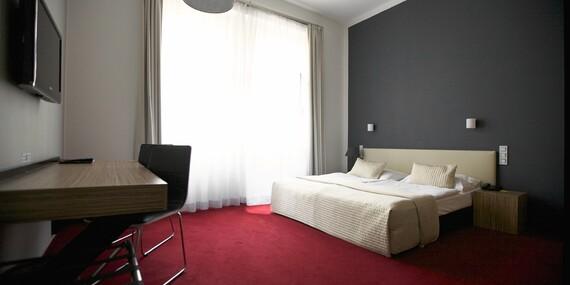 Skvelo umiestnený moderný hotel Noir**** v centre Prahy s raňajkami a kávou zdarma/Česko - Praha