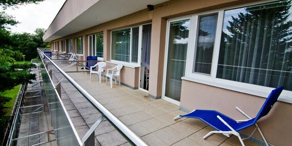 Zbavte svoj chrbát bolestí vďaka špecializovanému vyšetreniu a následnou vhodnou liečbou v hoteli Flóra v Dudinciach/Dudince