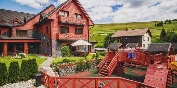 Obľúbený rodinný Winter & Summer resort s polpenziou a detským ihriskom s trampolínou, kúsok od Chodníka korunami stromov/Belianske Tatry - Ždiar