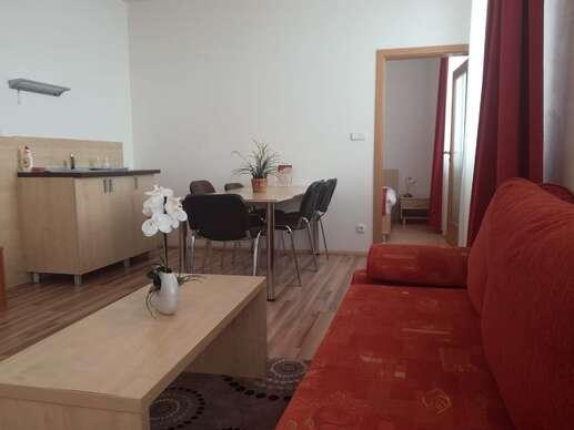 Rodinný letný pobyt v apartmánoch s wellness a výhľadom na panorámu Tatier.