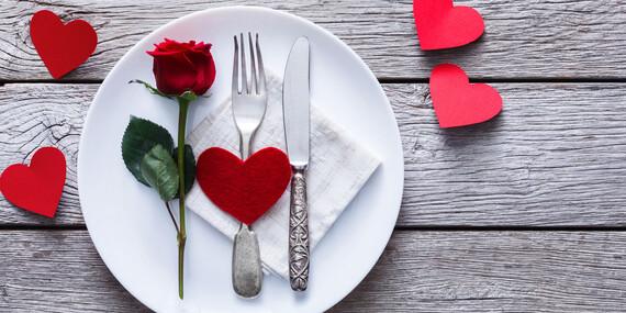 Romantická večera pre dvoch s dezertom a relaxom vo vírivke v hoteli Squash***/Prievidza