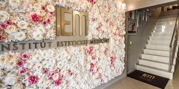 Krásne prsia už navždy – zväčšenie poprsia silikónovými implantátmi v IEM/Pezinok