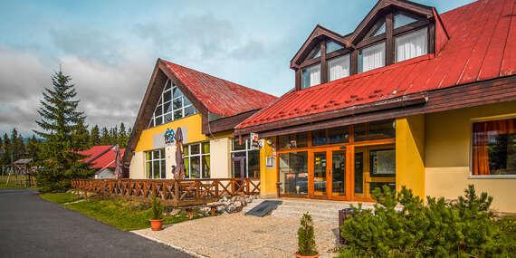Rodinný hotel Rysy*** vo Vysokých Tatrách s polpenziou, wellness a s jedným dieťaťom do 6 rokov cene, pobyty aj počas Silvestra/Vysoké Tatry - Tatranská Štrba