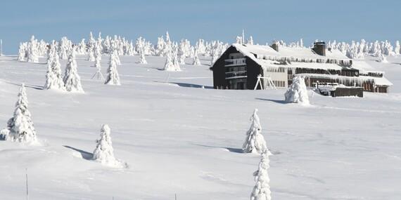 Dovolená v Krkonoších nedaleko Sněžky s polopenzí, saunou ve Dvorské boudě a platností do prosince 2020 / Krkonoše - Strážné