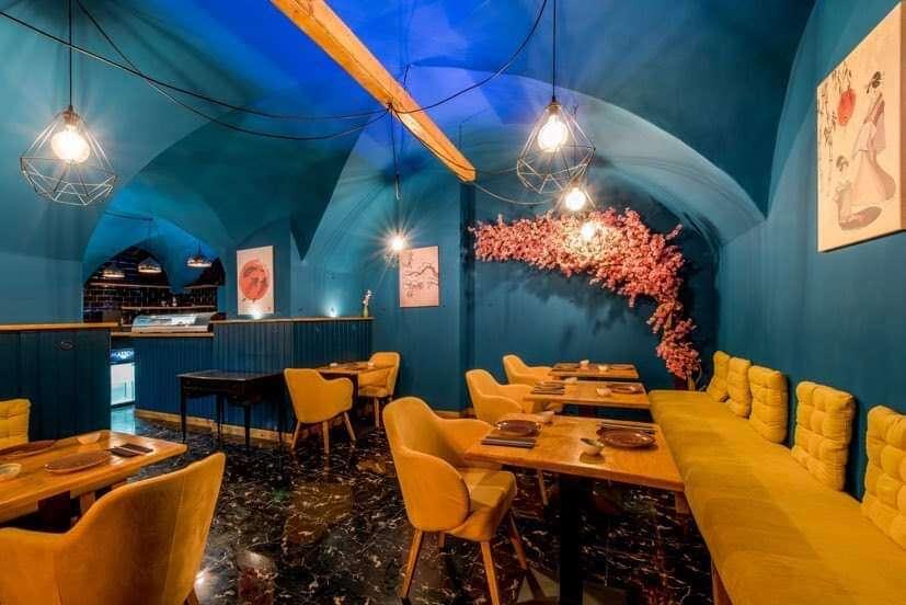 Sushi sety a welcome drink saké pre 2 alebo 4 osoby v Sushinami