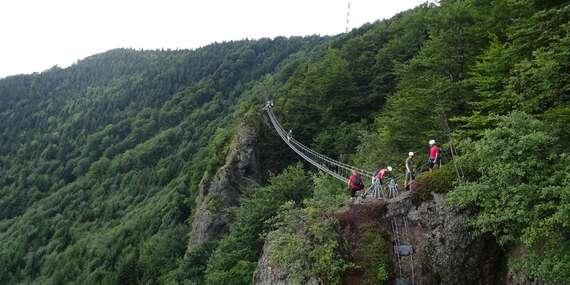 Slovenská via ferrata v Kremnických vrchoch s najdlhším lanovým mostom/Slovensko