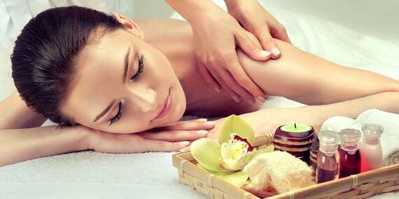 Thajská olejová masáž v délce 90 minut od profesionálních rodilých Thajek v Thajské masáže Flora/Praha 3 - Flora
