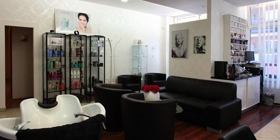 Expresné alebo kompletné laserové bielenie zubov s certifikovaným gélom bez peroxidu - pri kúpe 2 bielení špeciálny bieliaci prášok grátis/Bratislava – Nové Mesto