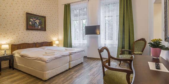 Štýlové ubytovanie v apartmánoch v centre Prešova s celodenným vstupom na letné kúpalisko Sun Park / Prešov