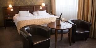 Štandardná izba zaručuje nadštandardné pohodlie aj vďaka komfortnej posteli a ďalšiemu vybaveniu