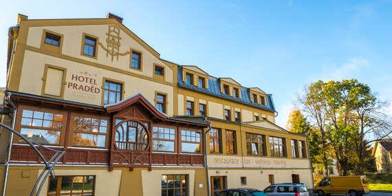 Letní dovolená v Jeseníkách s ubytováním v hotelu Praděd Thamm s polopenzí a wellness bez omezení / Zlaté Hory - Jeseníky