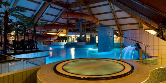 Polský aquapark Olza hned vedle lyžařského svahu a s výjimečně dlouhou platností/Polsko - Istebna