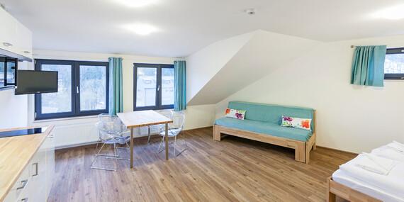 Hotel U Kabinky**** přímo u lanovky na Černou horu s polopenzí a vstupem na Stezku korunami stromů a aquacentrem/Krkonoše - Janské Lázně