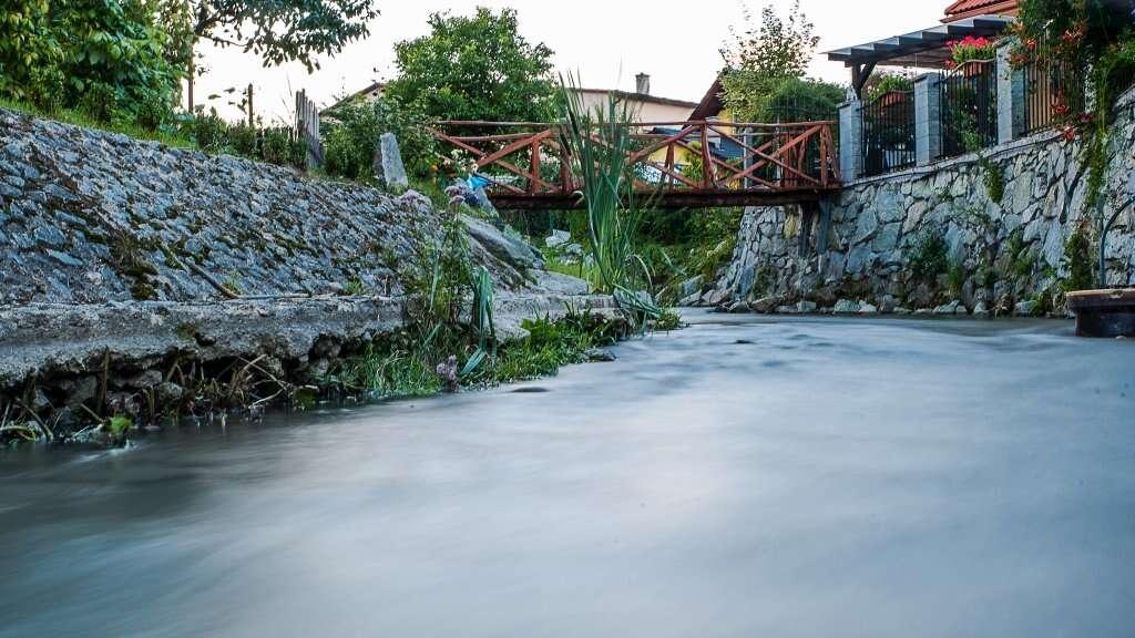 Relax pre 2 - 12 osôb v chalupe pri potoku s výhľadom na Veľkú F...
