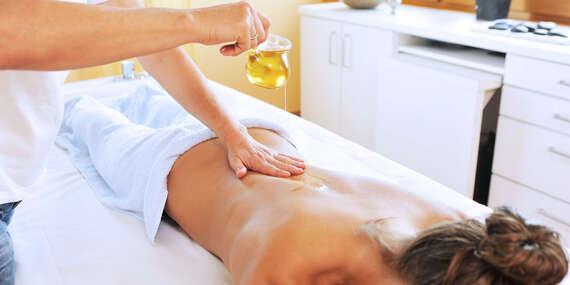 Veľký výber masáží – klasická, reflexná, terapeutická alebo aróma/Nová Dubnica