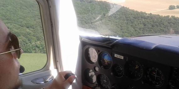 Svet je krajší zhora – lietanie pre 1 až 3 osoby s možnosťou pilotovania/Trnava, Dubová pri Modre