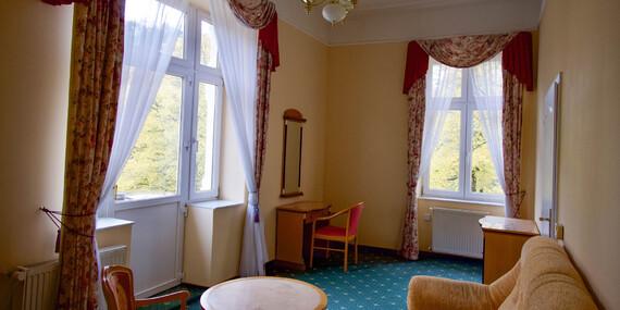 Lázeňský pobyt v překrásných Karlových Varech s polopenzí a procedurami v hotelu Eliška i přes Vánoce/Karlove Vary - Česko