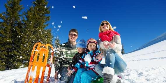 Pohodová dovolená v hotelu Maxov v krajině Jizerských hor s polopenzí, vstupem do sauny pro celou rodinu a platností do listopadu 2021! / Jizerské hory - Josefův Důl