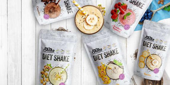 Schudnite s diétnym jedálničkom Chiashake.sk - proteínové maslá, pudingy, palacinky aj vegan shaky/Slovensko