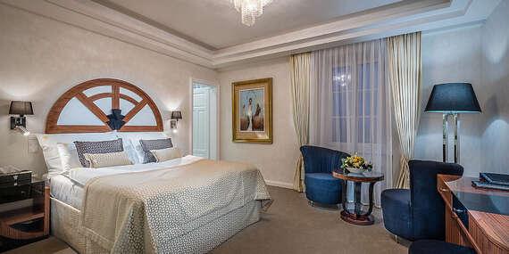 LAST MINUTE Luxusný oddych s neobmedzeným kúpaním v aquapaku, procedúrami a Zlatým kúpeľom v hoteli Royal Palace***** / Turčianske Teplice