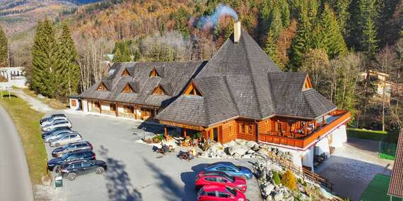 Oddych v krásnom horskom prostredí Nízkych Tatier v penzióne Kúria na Táloch s raňajkami/Bystrá - Tále