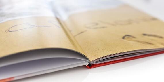 Niťou šitá fotokniha A4 s tvrdými doskami - dodatočná zľava pre prvých 150 zákazníkov/Slovensko