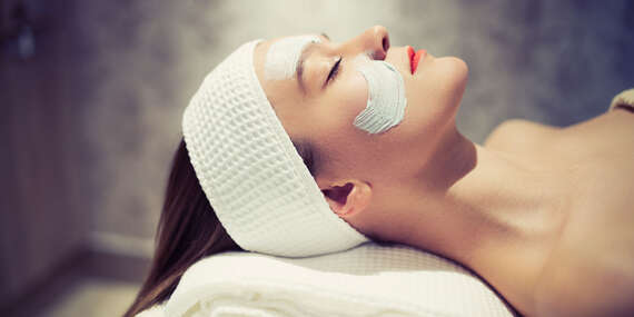 Kompletné ošetrenie tváre v Huy nails beauty boutique/Bratislava - Ružinov